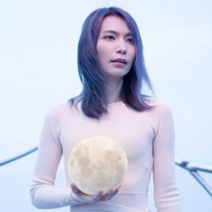 Tizzy Bac 主唱-陳惠婷